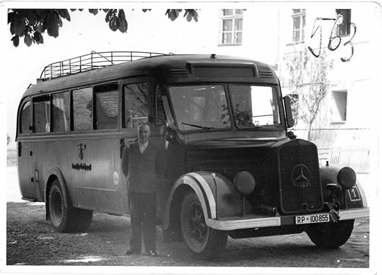 Bus Hartheim, Copyright: Dokumentationsstelle Hartheim des OÖLA