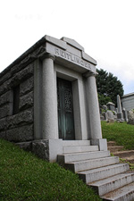 Mausoleum Reitlinger New York