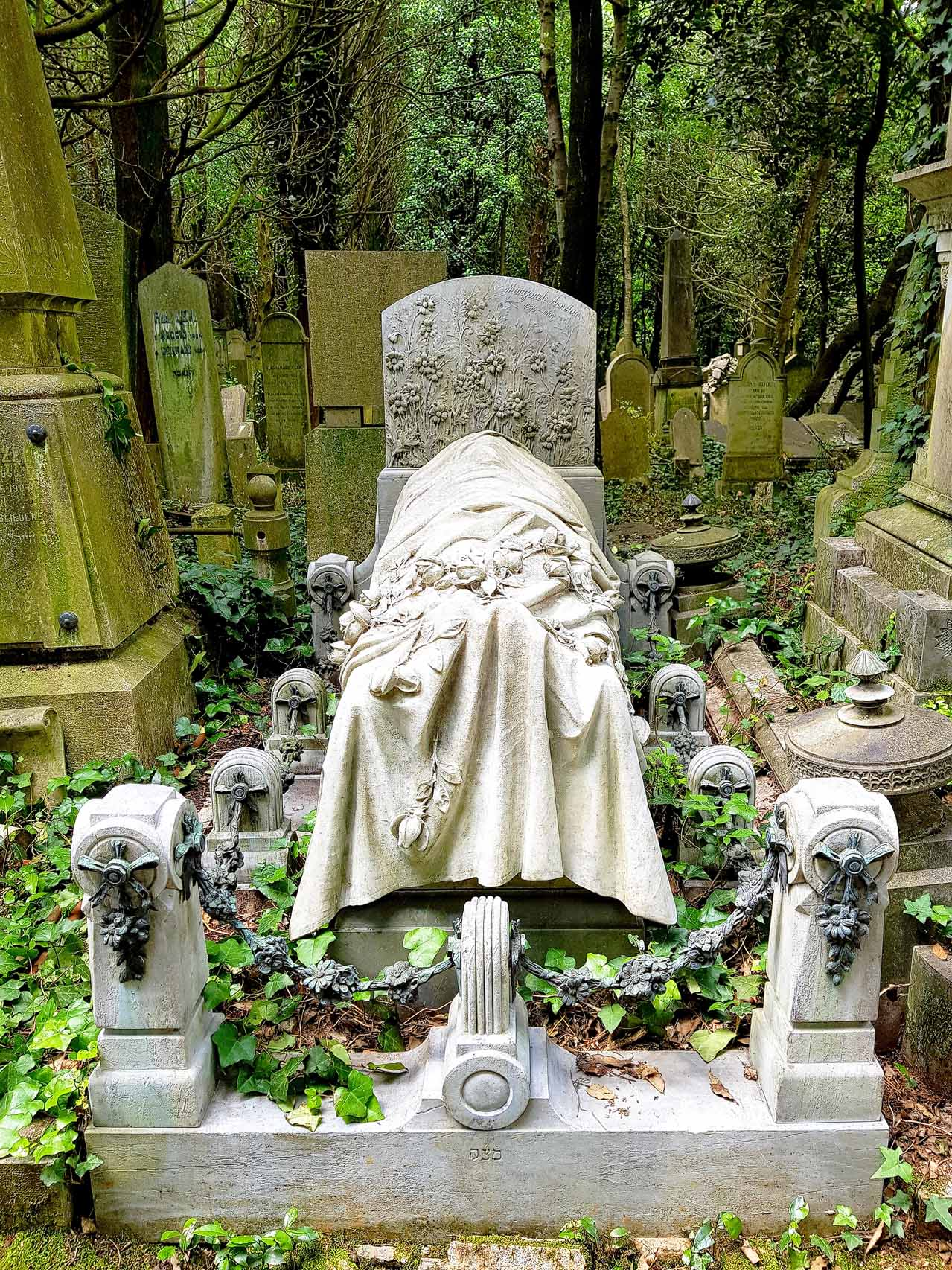 Grabstein Margarete Arnstein, 03. September 1907, jüdischer Friedhof Triest, Foto Juni 2019